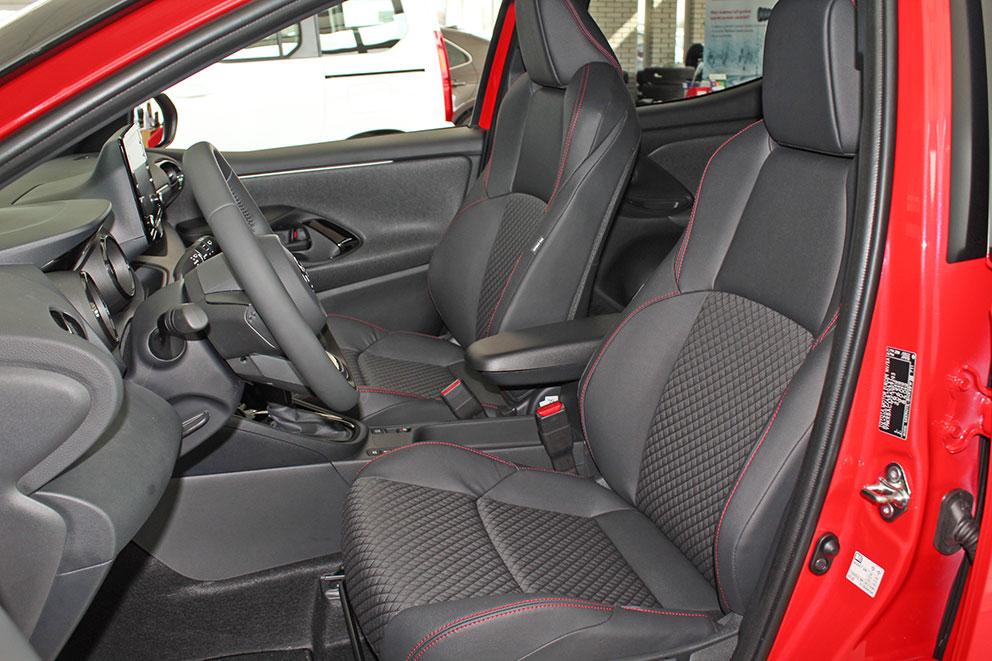Toyota Yaris belső