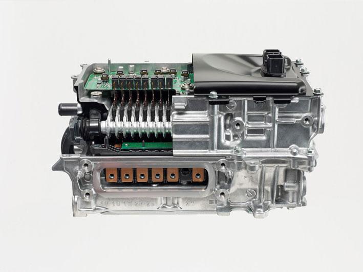 Új Toyota Yaris CPU